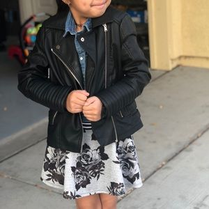 Art of Class faux leather jacket for a fashionista